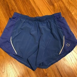 💰Moving Comfort Running Shorts